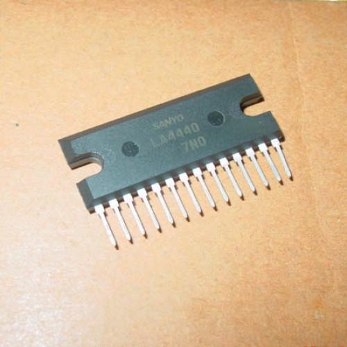 CD4440 2-Channel Audio Power Amplifier