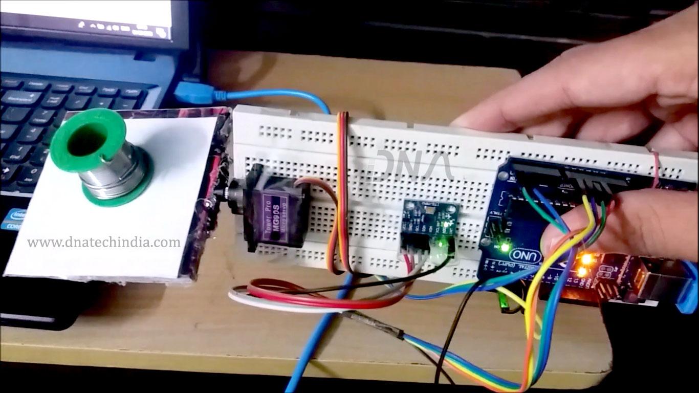 DIY Arduino Based Self Stabilizing Platform